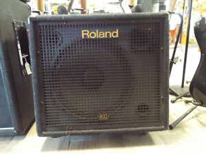 Roland KC-550 4-Channel Mixing Keyboard Amp