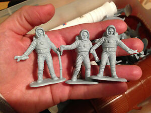 Play & Store Space Mission for your budding astronaut! Kawartha Lakes Peterborough Area image 4
