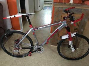 vélo de montagne specialized rockhopper 2006