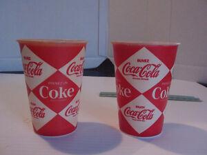 ANCIEN VERRE (2) COCA COLA COKE carton ciré 7 oz. 1950's