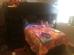 L shaped bunk bed with roll out bottom bunk