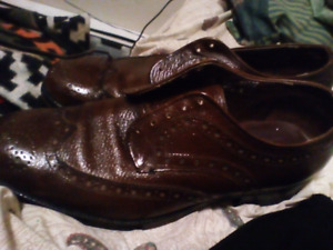 Like new antique mens dress shoes