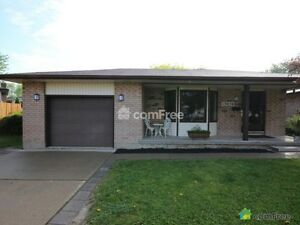 Bright and clean Tecumseh 3 bedroom, 1.5 bath for rent.