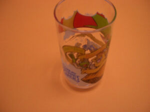 COLLECTIBLE GLASSES FOR SALE MUPPETS, FANTASIA, WWF, ANNIE London Ontario image 2