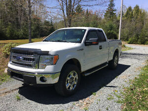 Price Reduced for fast sale2014 Ford F-150 XTR/XLT Pickup Truck