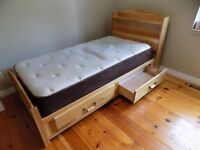 Single bed with Drawers and Matress.