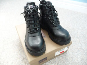 Brand New Black Nevada Ankle High Boots - Size 2 or 3 Kitchener / Waterloo Kitchener Area image 2
