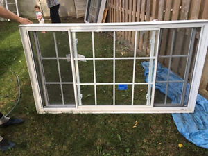 REDUCED PRICE WINDOWS FOR SALE 2 AVAILABLE West Island Greater Montréal image 1