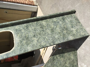 Brand new condition large countertop, looks brand new!