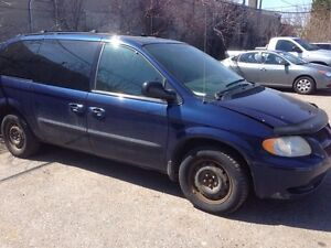 2004 Dodge Caravan 3.3L Selling Various Parts.