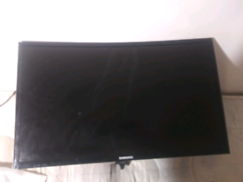 Samsung Curved Monitor C24F396FHU screen (screen faulty) 24 inches