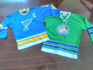 St Louis Blues (MacInnis)/Oakland Seals Jerseys
