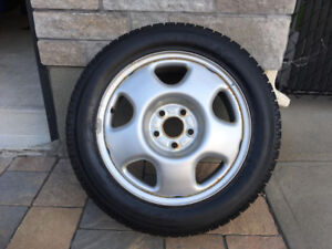 Pneus Hiver rims - Winter Tires w/rims 215/55/17 Toyo Garrit