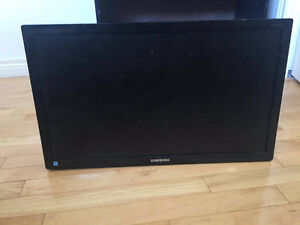 "Excellent Condition 24"" Samsung FHD Monitor"