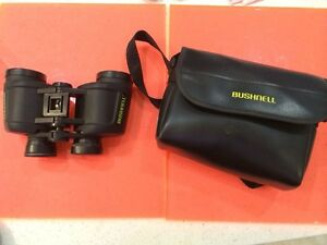 Bushnell Binoculars With Case  7 x 35