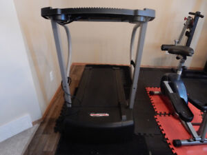 Pro-Form 485 PI Treadmill For Sale in Fort Erie