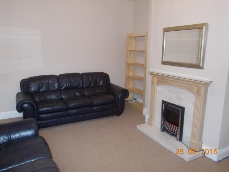 3 bedroom flat in OAKLAND ROAD WEST JESMOND (OAKLA35)