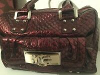 Preloved Genuine Patent Burgundy Guess Bag