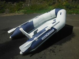 Aqua Marine Deluxe inflatable boat 9,1 ft