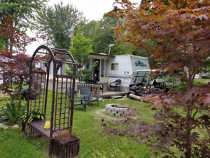 """Wildwood by the Lake 40"""" trailer & lot"""
