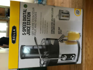BELLA 5 SPEED JUICER