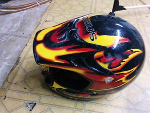 Zeus XL Motocross helmet