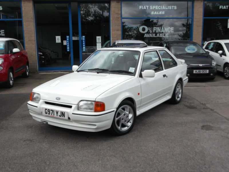 ford escort turbo blanco