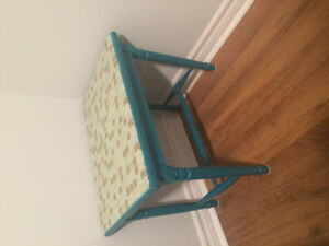 End table -$10