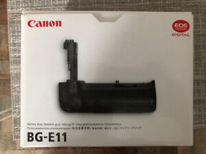 Canon BG-E11 Battery Grip (New Leather)