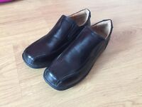 School shoes size 5