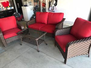 Outdoor 4- piece patio set - NEW