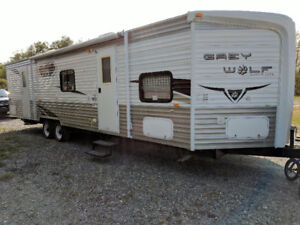 2010 Forest River Cherokee Grey Wolf 30V