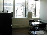 Bureaux *1,000 pi ca* (Office Space) à louer dans Villeray.  Au