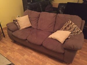 Love seat and Couch FREE!!!