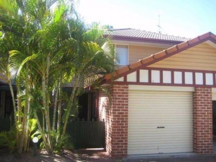 OWN LOCKABLE ROOM - 1.5km from Surfers Paradise - $140 per week