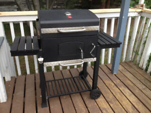 Deluxe Charcoal Grill