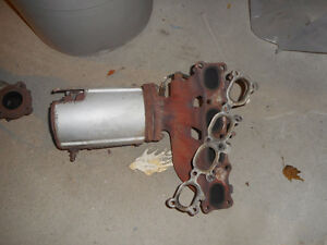 mazda protege protege5 exhaust system OEM with all sensors