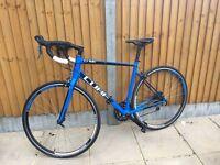 Cube attain road bike 2016