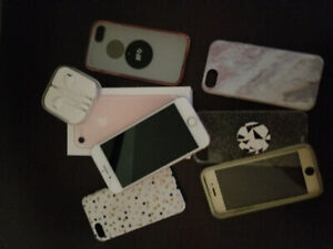 iPhone 7 32 GB with accessories