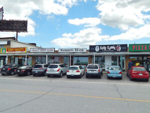 ★EXCLUSIVE★Richmond Hill/Yonge St-FREEHOLD Retail Store-For Sale