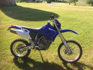 Yamaha WR426 Dirt Bike