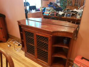 Moving Sale! HIGH END furniture in Hampstead. Everything must go