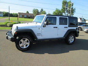 2014 Jeep Wrangler Sport UNLIMITED.  TRADE WELCOME