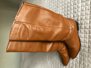Vintage slouch/pirate/riding boots - Size 6 - Carmel brown