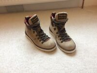 Superdry suede walking size 8