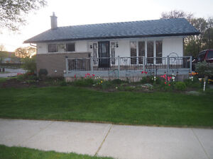 OPEN HOUSE** 3 Bedroom, 2 Bathroom FOREST HILL Bungalow