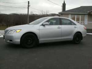 2009 Toyota Camry LE. 4 Cylinder, Auto, Looks and Drives Great!