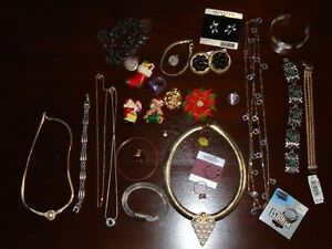 MIXED BAG OF COSTUME JEWELLERY #4