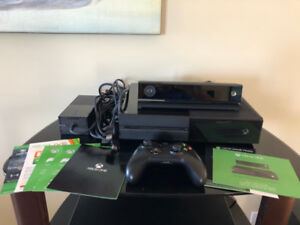 Xbox One Day One Edition with Controller and Kinect