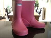 GIRLS PINK SIZE 8 HUNTER WELLIES